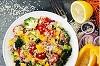Σαλάτα λαχανικών με κινόα – 145 Θερμίδες
